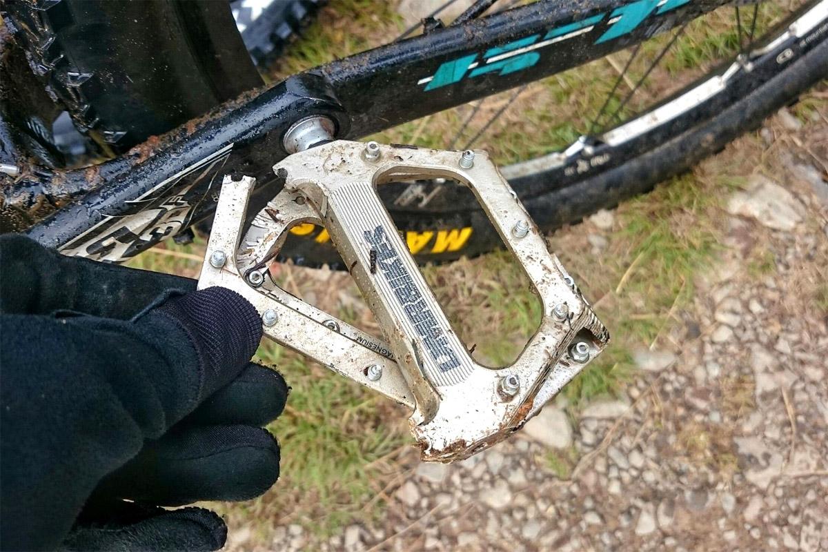 Broken DMR pedal