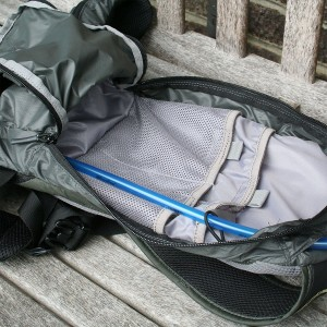 Camelbak Charge LR 2012 storage compartment