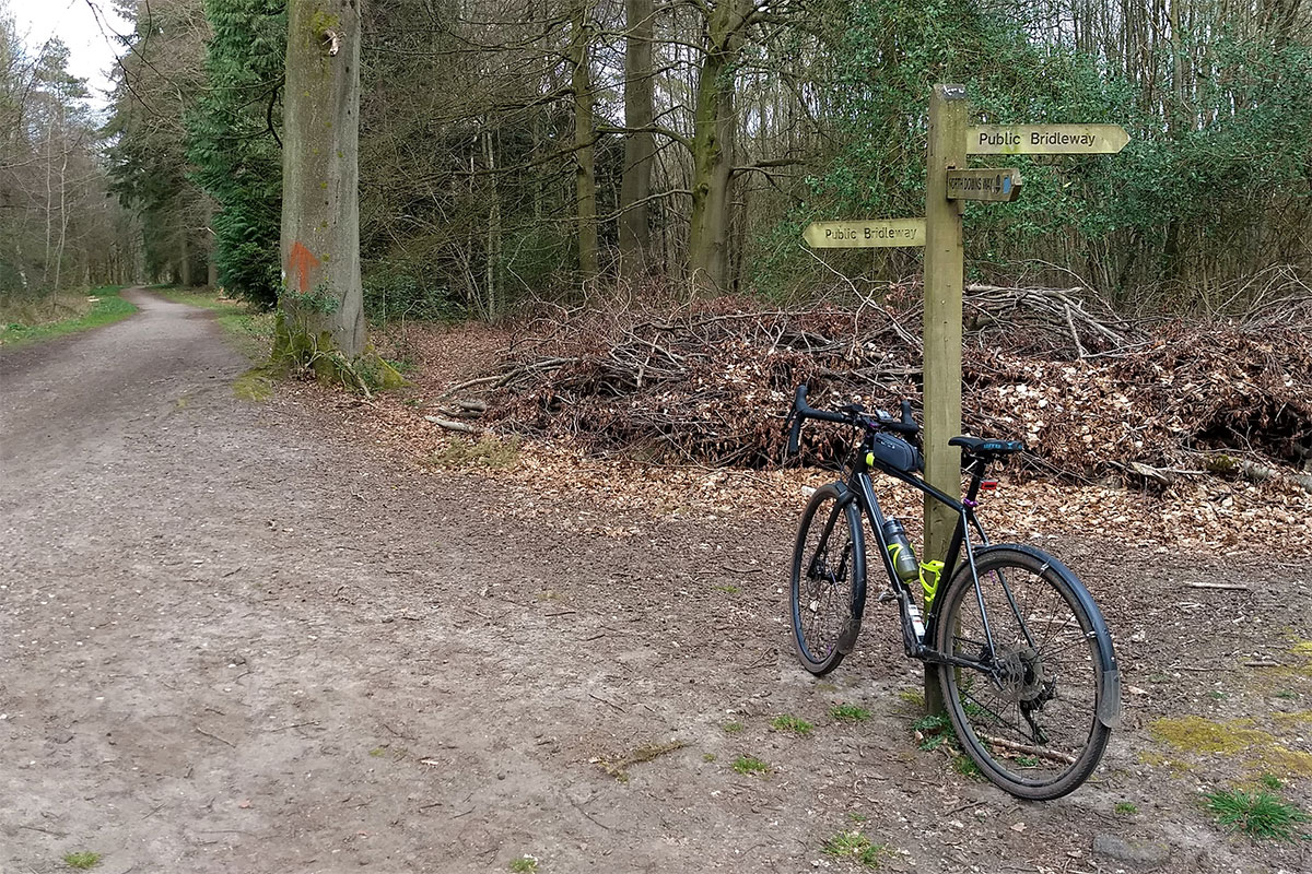 Cannondale Topstone on the North Downs Way