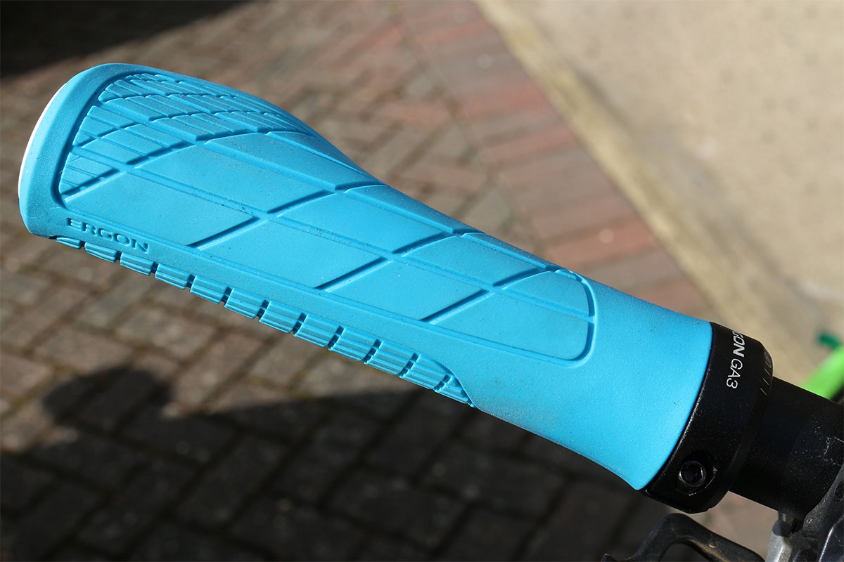 Blue Ergon GA3 grip