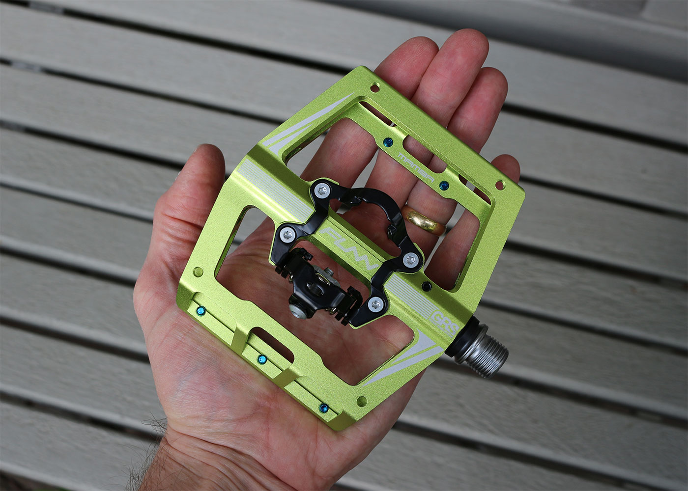 Funn Mamba clipless pedals in hand