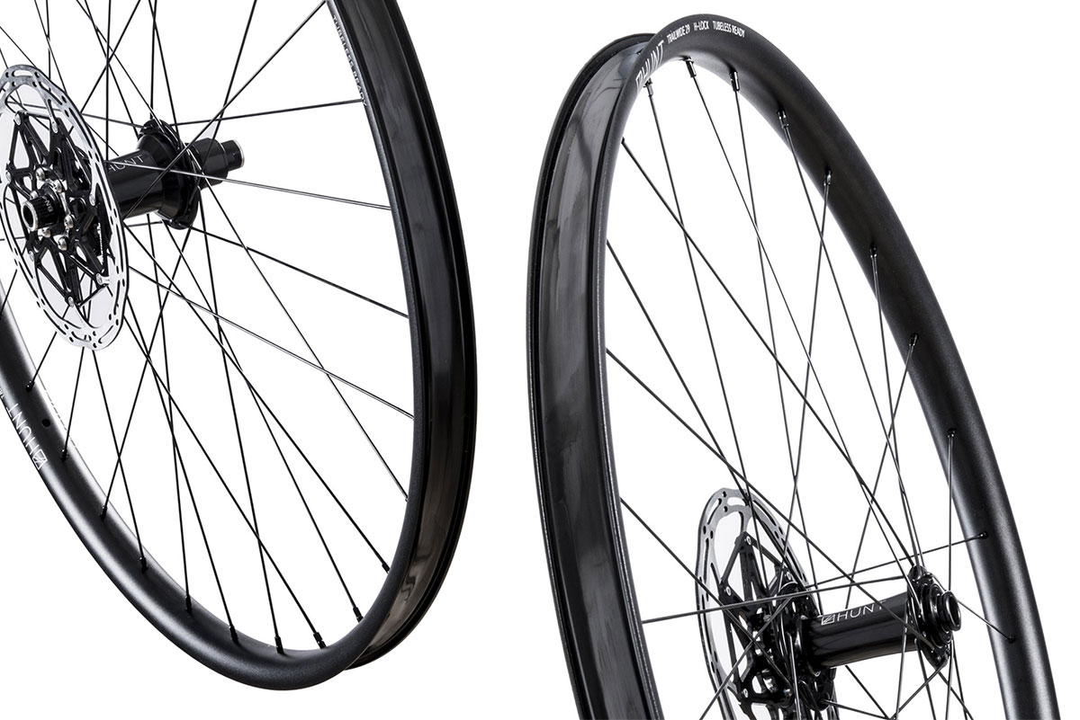 Hunt Trail Wide wheelset