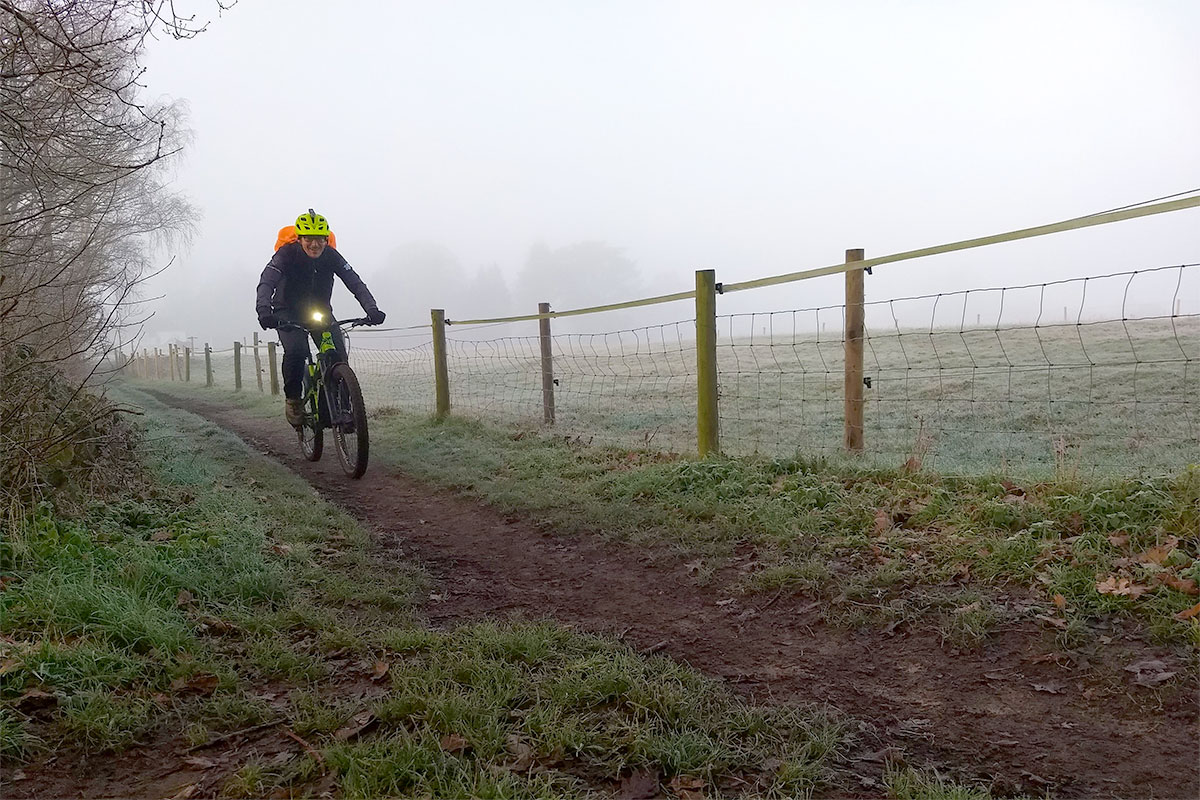 A foggy commute near Reigate