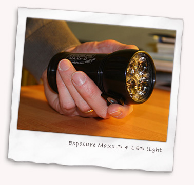 Exposure MaXx-D 4 LED light hand held