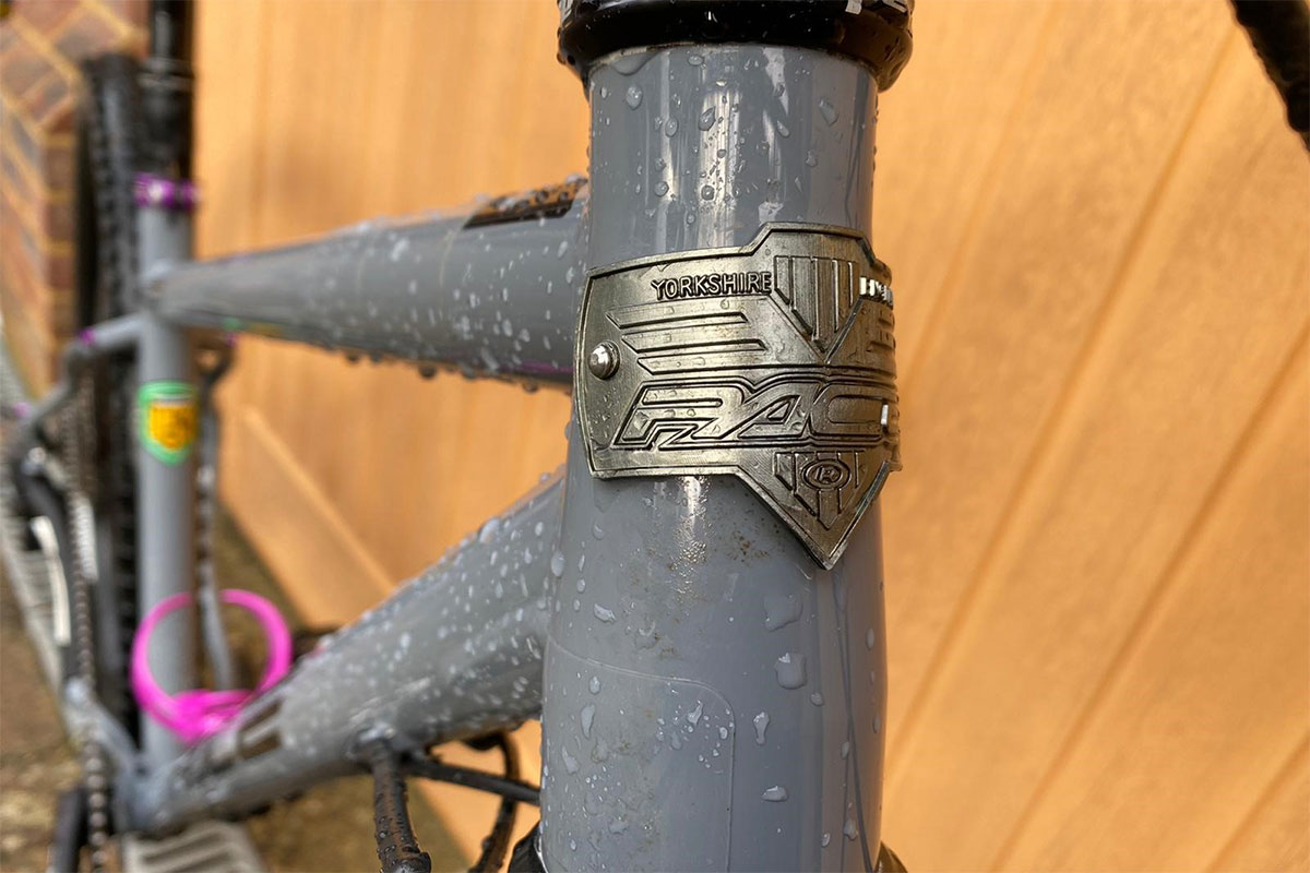 Head tube badge on the Pace Cycles 529