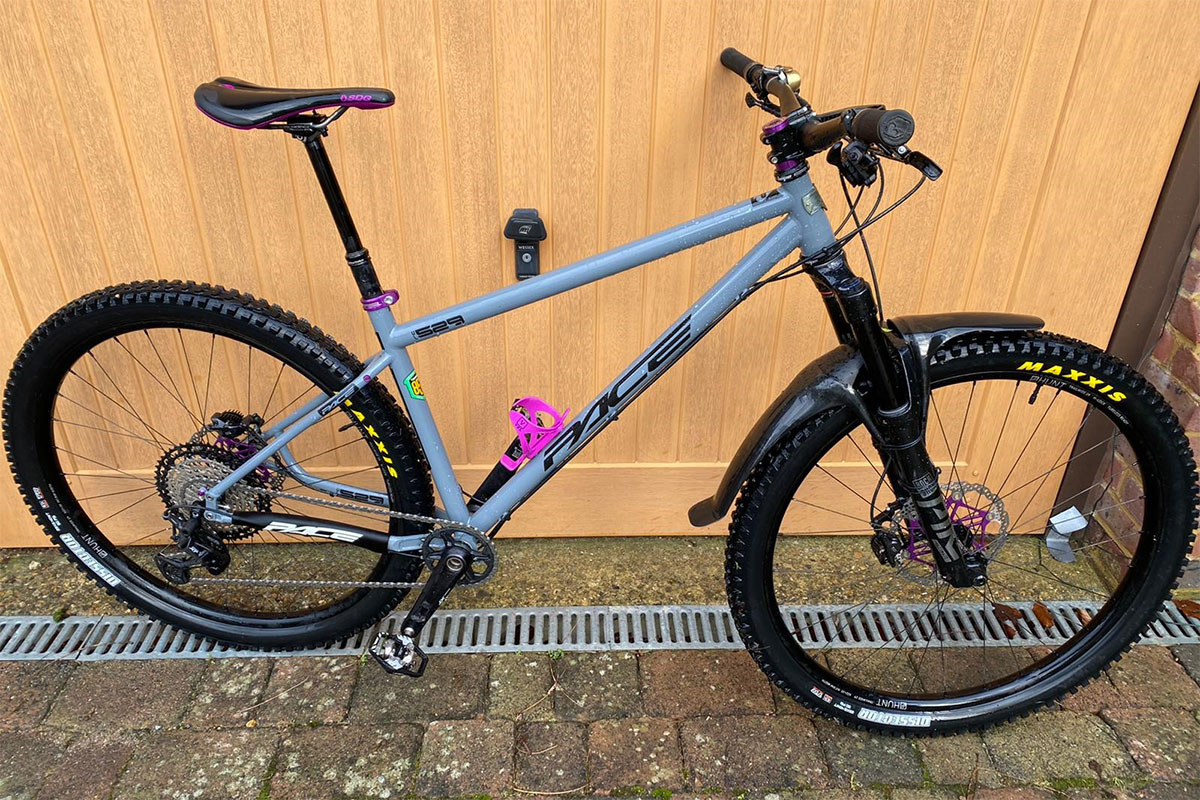 Pace Cycles 529 with purple accents