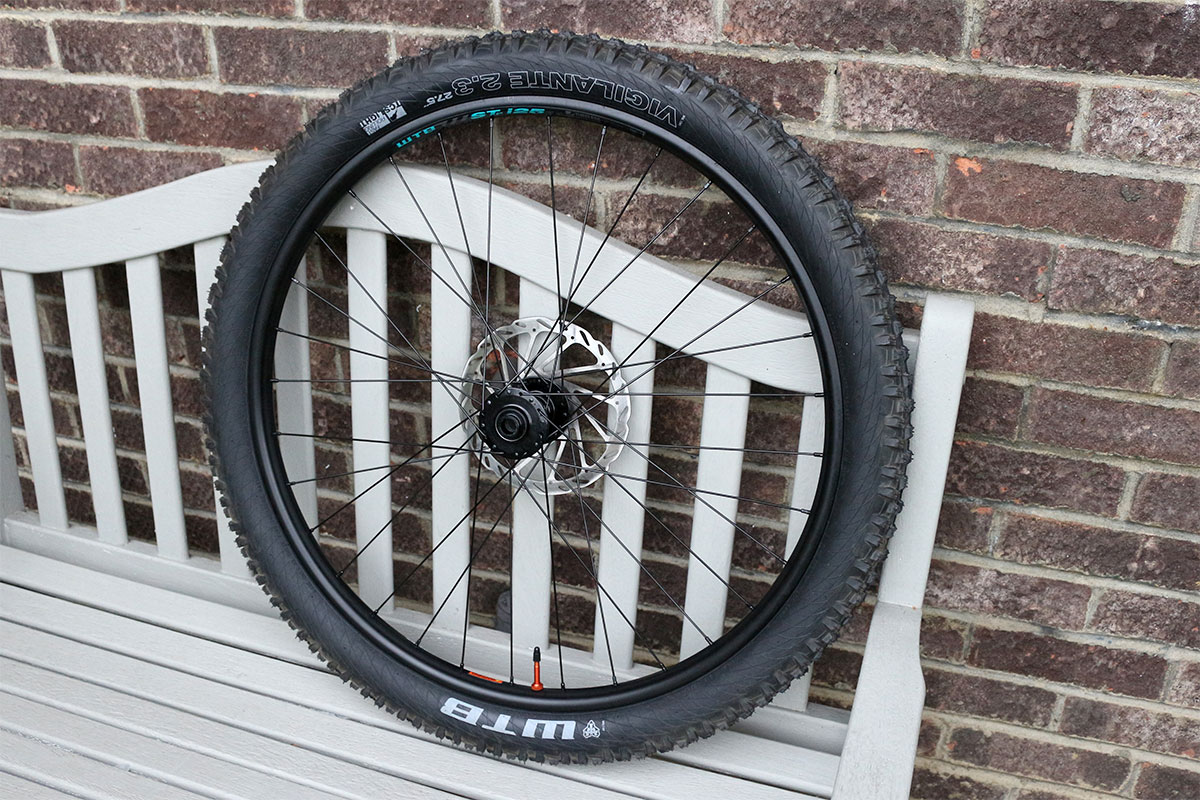 WTB ST i25 rim and Vigilante tyre